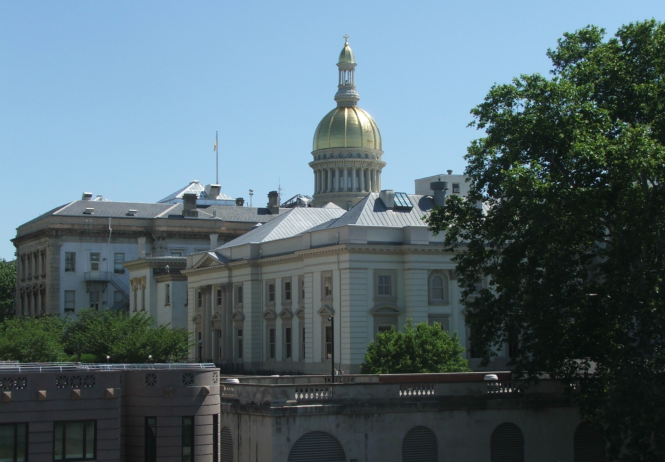 Trenton-new-jersey-state-capitol-building